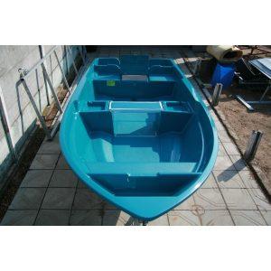 Лодка АлТан-440