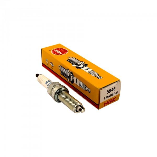Свеча зажигания NGK LMAR6A-9 (5946)